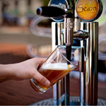 Beer pouring hospitality tips